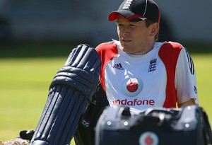 Eoin Morgan has called for England to take the attack to Sri Lanka's spinners
