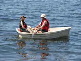 The New Zealand Navy mobilises to attempt to prevent the return of Russell Crowe to it's shores.