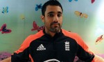 Elsewhere, Ravi Bopara actually managed to hit the ball off the square #RaviIn