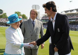 The Queen is delighted to meet some people posher than her.