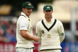 Clarke contemplates how best to run out Watson when England eventually declare