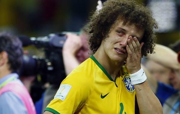 David-Luiz-crying.jpg